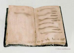 Urn boek in opdracht-Silene van Waveren